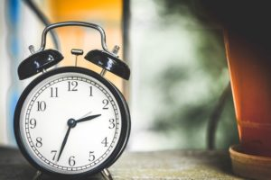 third party tools for scheduling Facebook posts, buffer, hubspot, social sprout,